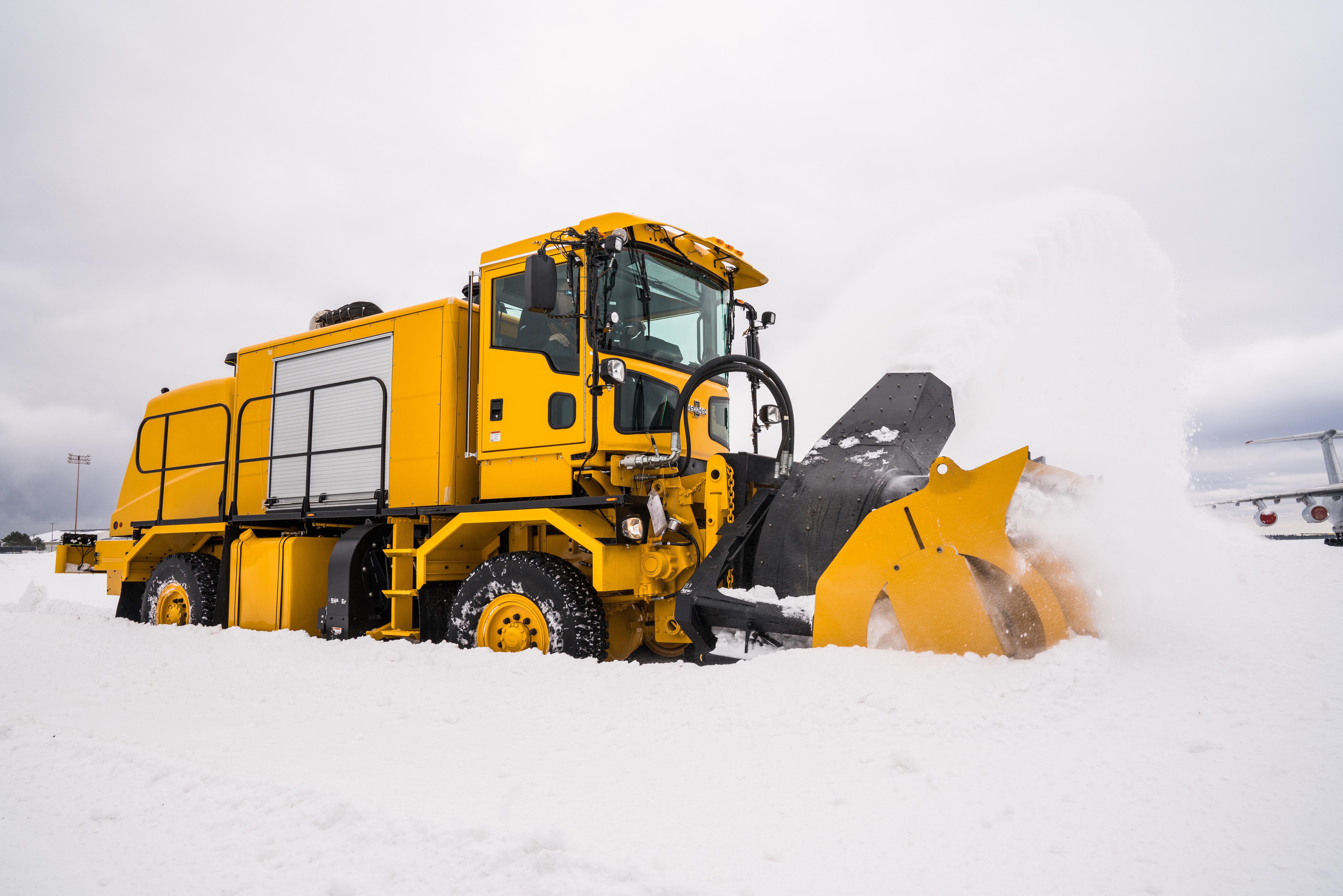 Throwing-Snow.jpg