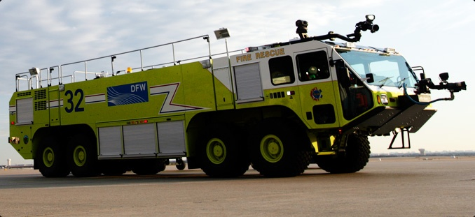 Oshkosh Striker 4500 ARFF firetruck f wallpaper | 2048x1536 ...