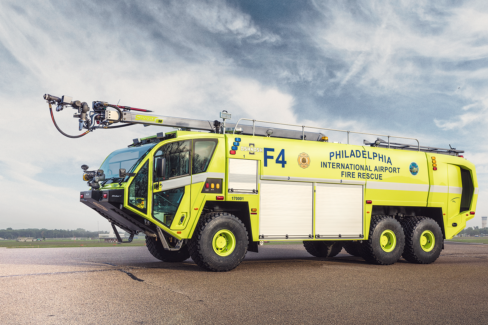 Oshkosh Striker 6x6 | ARFF | Oshkosh Airport Products