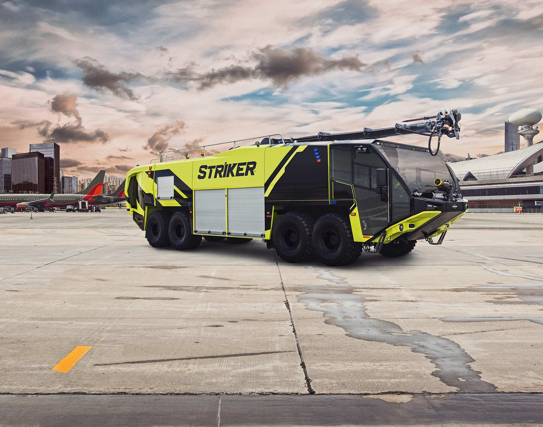 Oshkosh ARFF Striker 8x8